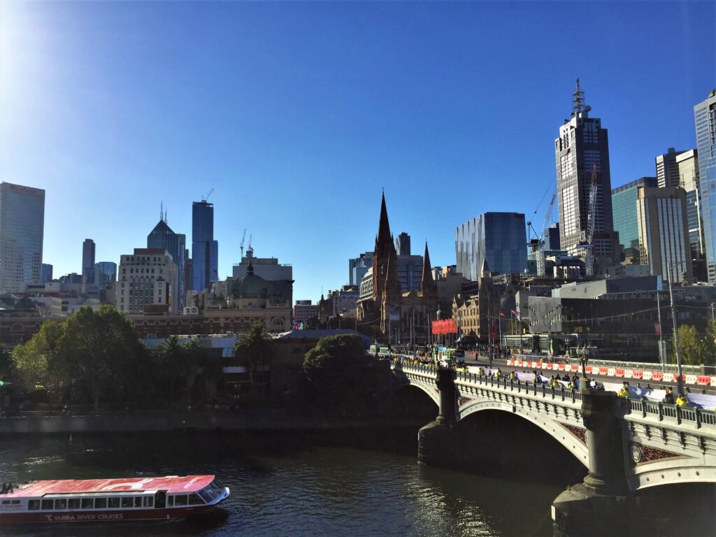 Yarra River - Free Walking Tour Melbourne