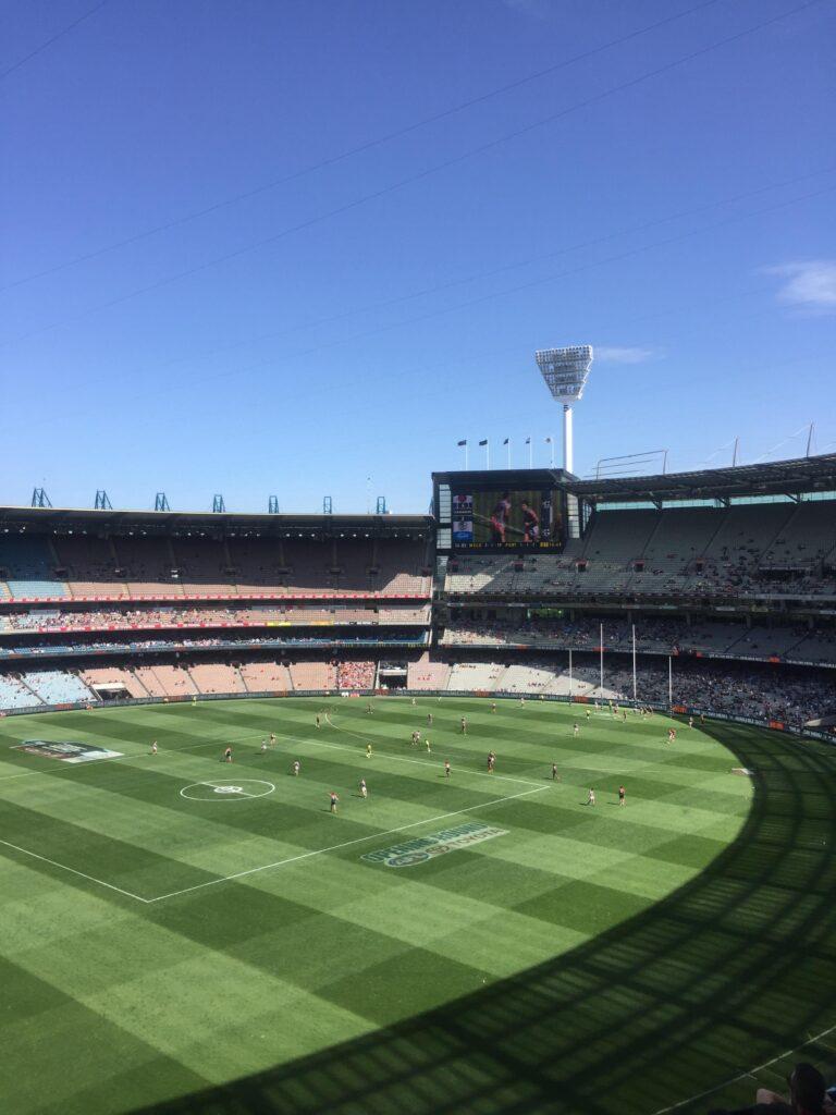 MCG Melbourne - Hay partidos gratis de Footy!